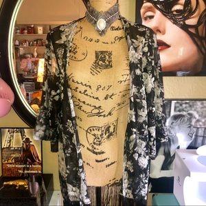 Gorgeous Floral Fringe Grayscale Kimono